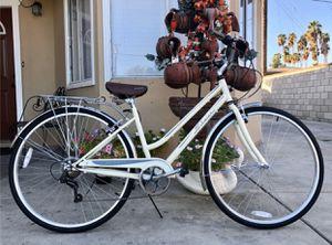 """Schwinn Women's Gateway 28"""" 700c Hybrid Bike - Cream for Sale in Irwindale, CA"""