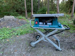 12inch Mikita table-saw with folding table/Stand for Sale in Bellevue, WA
