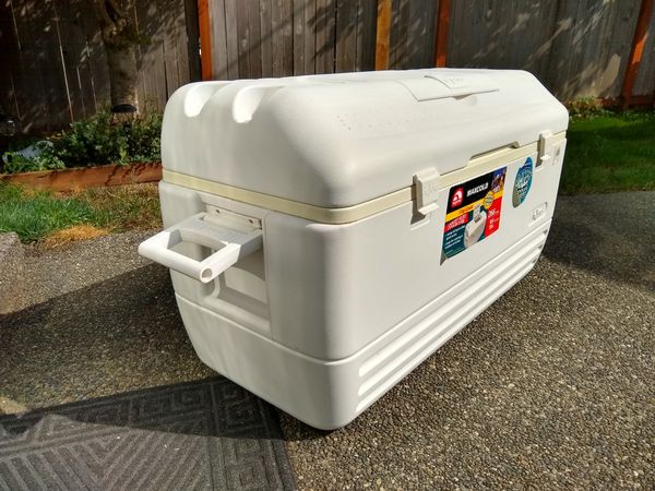 Igloo Cooler