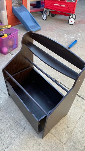 Kids toy box and books for Sale in Whittier, CA
