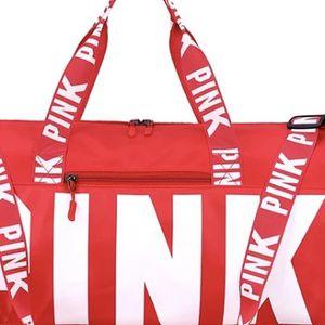 Pink Travel Bag for Sale in Hartford, CT