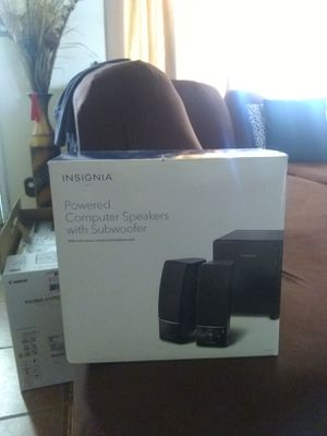 New Insignia powered computer speakers with subwoofer original price Amazon $70 askin $40 ablo español for Sale in Phoenix, AZ