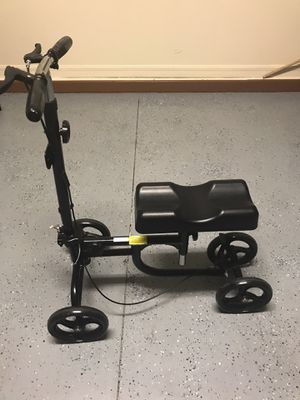 Knee Scooter for Sale in Davenport, FL