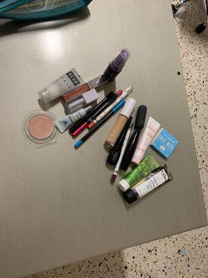 Makeup for Sale in Miami, FL