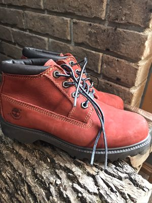 Ladies Dark Red Timberland Leather boots. Size 6.5 LIKE NEW!! for Sale in Bechtelsville, PA