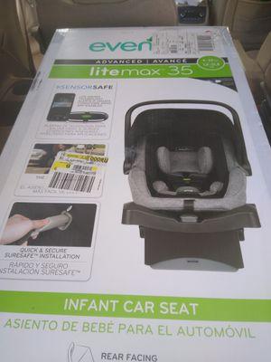 Evenflo car seat for Sale in Hawthorne, FL