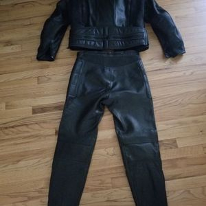 Leather Motorcycle 2 Piece Vented Suit With Full (removable) Armor And Removable Inner Vest.(Negotiable) for Sale in Paramus, NJ