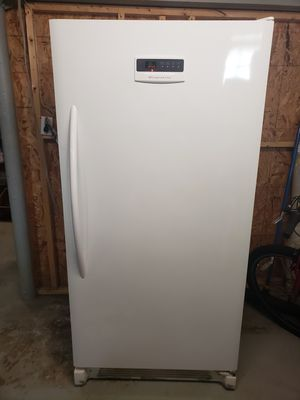 Frigidaire stand up freezer for Sale in Cleveland, OH
