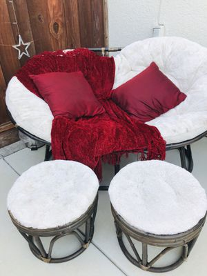 Outdoor Papasan double chair and two ottomans for Sale in Fremont, CA