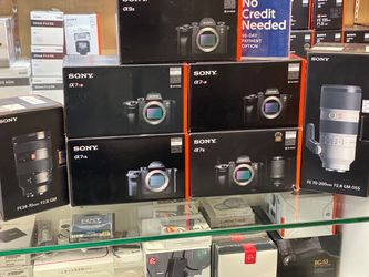 Save big, holiday sale CAMERAS, LENSES, DRONES for Sale in Fountain Valley,  CA