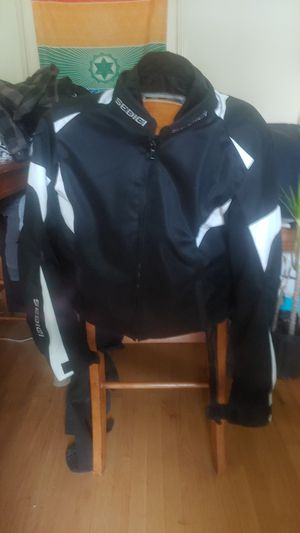 Sedici motorcycle jacket w/ pads for Sale in Whittier, CA