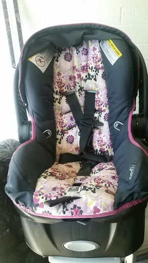 Even Flo car seat for kids for Sale in Tempe, AZ