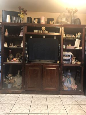 Huge Tv stand for Sale in Pico Rivera, CA