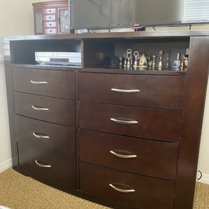 Entertainment Dresser for Sale in San Diego, CA