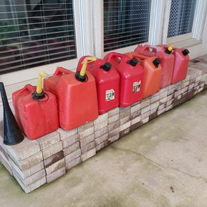 Gas Cans - 5 and 6 and 2.5 gallons for Sale in Knoxville, TN