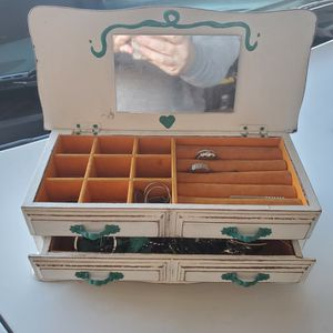 Cute Jewelry Box for Sale in Oklahoma City, OK