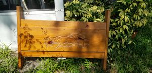 Twin size engraved headboard and footboard for Sale in Oviedo, FL