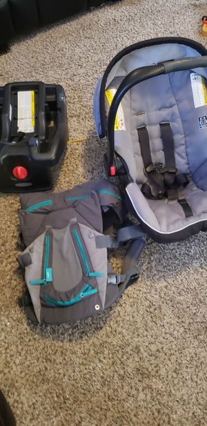 Baby carseat and carrier for Sale in Red Oak, TX
