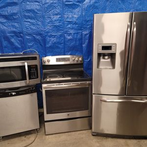 Stainless Steel Appliances Set Fridge Stove Dishwasher Microwave All Good Working Conditions Set For $999 for Sale in Lakewood, CO