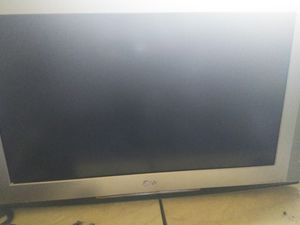 40 inch lg tv for Sale in Hayward, CA
