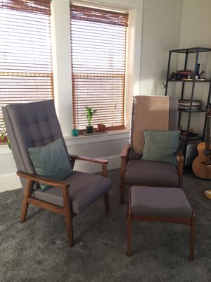 Chairs and ottoman for Sale in Portland, OR