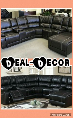 Reclining Leather Sectional with Chaise for Sale in Atlanta, GA