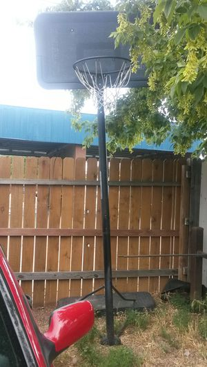 Basketball hoop $30 for Sale in Denver, CO