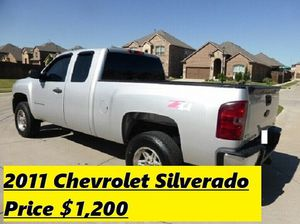 2011 Chevrolet Silverado Excellent Good condition for Sale in San Francisco, CA