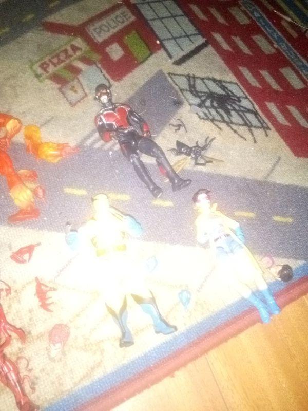 MARVEL LEGENDS COMPLETE 25.00 EACH VENOM CARNAGE WOLVERINE JUBILEE ANTMAN HUMAN TORCH