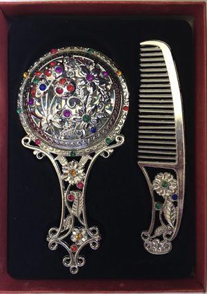 Retro Comb & Mirror Set Silver Floral Design for Sale in Hawthorne, CA