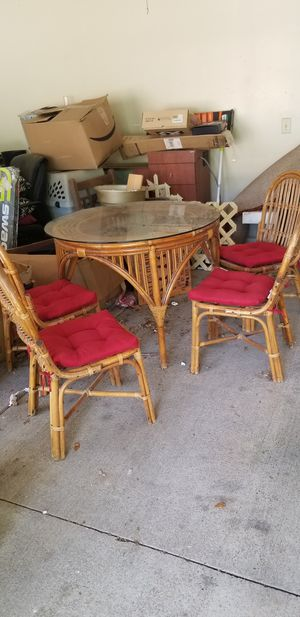 Vintage Rattan Table and 4 chairs for Sale in Smyrna, TN