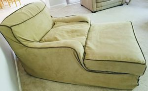 Chaise lounge - free! for Sale in Livermore, CA