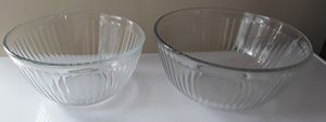 Pyrex mixing bowls, two sizes, 5 cup + 10 cup, $8 for both Total for Sale in Chicago, IL