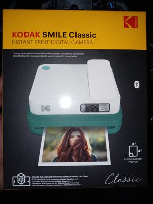 Kodak smile classic digital camera with instant print for Sale in Fall River, MA