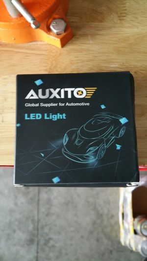 Auxito 881 led fog lights bulbs for Sale in Staunton, VA