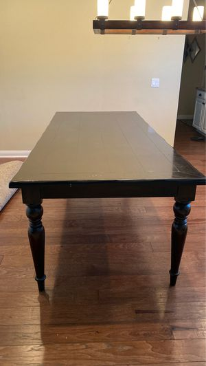 Dining table and chairs for Sale in Rancho Cucamonga, CA
