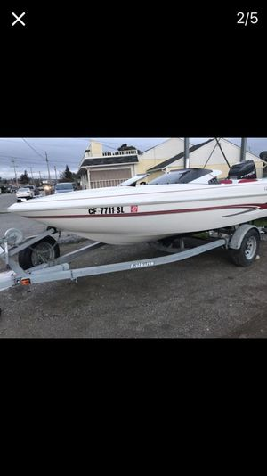 1995 glastron ski boat 120 horse power Force by mercury 2 stroke Very low hours on engine Starts right up ready to go Electric tilt and trim Ve for Sale in San Leandro, CA
