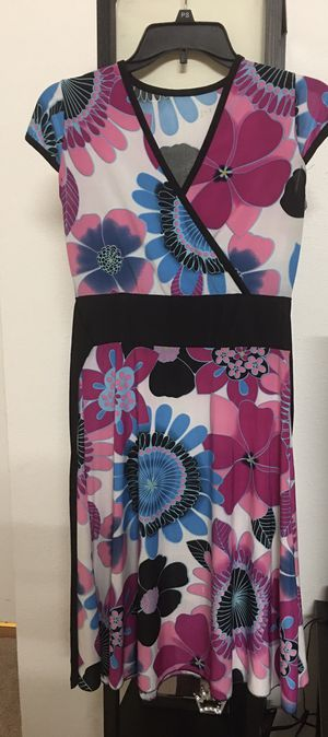 Beautiful Floral dress for Sale in Cary, NC