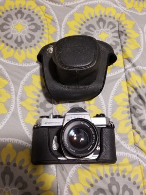 Asahi Pentax Spotmatic SP II 35mm Film Camera (OBO) for Sale in Delano, CA