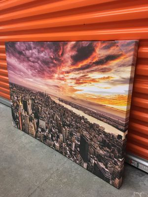 "'New York City Sunset' Wall Art Canvas Decor (47""W x 32""H)(Brand New) for Sale in Coral Springs, FL"