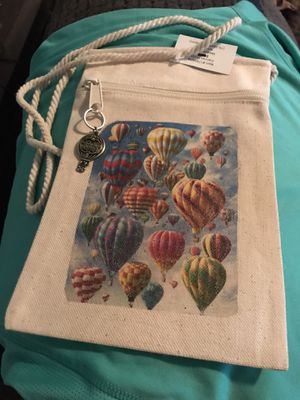 Hot air balloon canvas purse with zipper pull brand new for Sale in Gastonia, NC