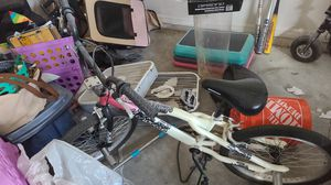 Girls mongoose bike $50 for Sale in Kissimmee, FL