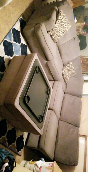 Sectional couch gray for Sale in Humble, TX