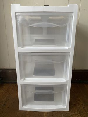 Plastic drawers (big) for Sale in Columbia, MO