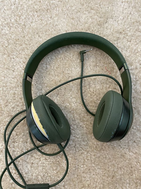 olive green beats solo