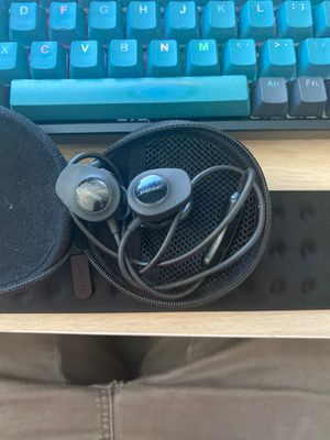 Bose sound sport wireless headphones for Sale in Columbus, OH