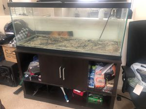 Fish tank and wood stand 75gallon for Sale in Pittsburg, CA
