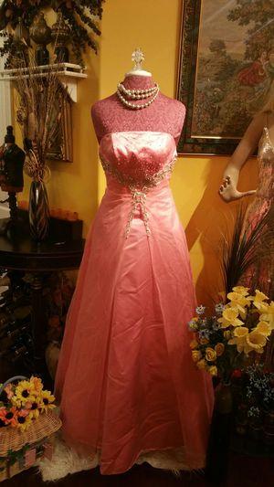 Tiffany Designs Dress. Size 4 for Sale in San Diego, CA