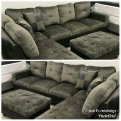 Brand New Charcoal Grey Microfiber Sectional With Storage Ottoman for Sale in Spanaway,  WA