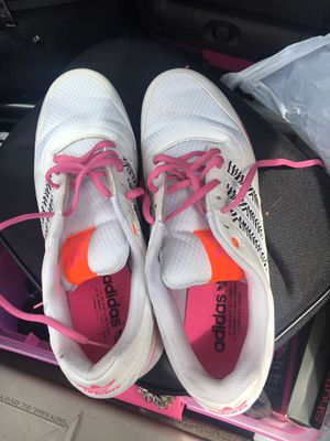 Adidas for women size 10 good condiction $20 for Sale in Cleveland, OH